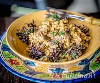 Farro with Mushrooms and Garlic