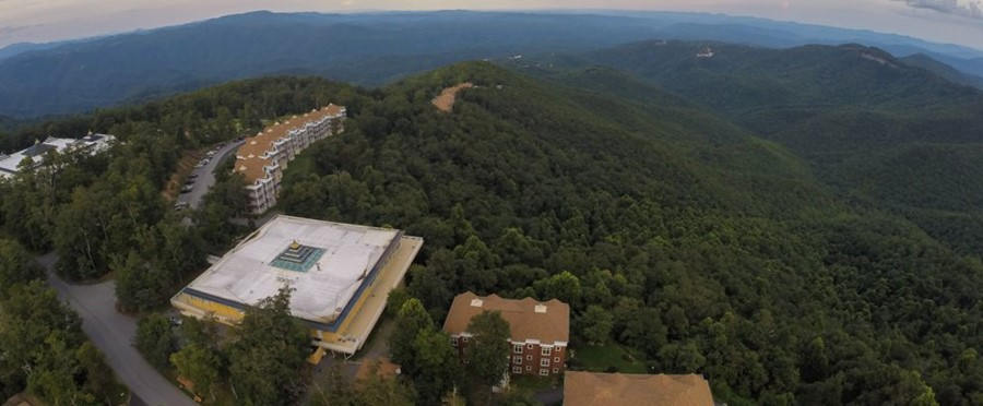 Join Dr. Fuhrman For A Weekend Retreat In The Blue Ridge Mountains. Visit  Art Of Living Retreat Center ...